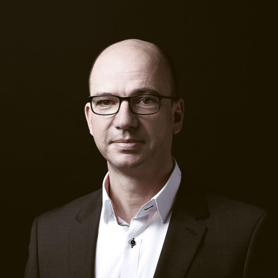 Björn Katzorke - Rechtsanwalt, Gründer und Geschäftsführer der Kapitalmarktrecht Kanzlei Katzorke - Rechtsanwalt für Kapitalmarktrecht, Gesellschaftsrecht, Bankaufsichtsrecht und Prospektrecht
