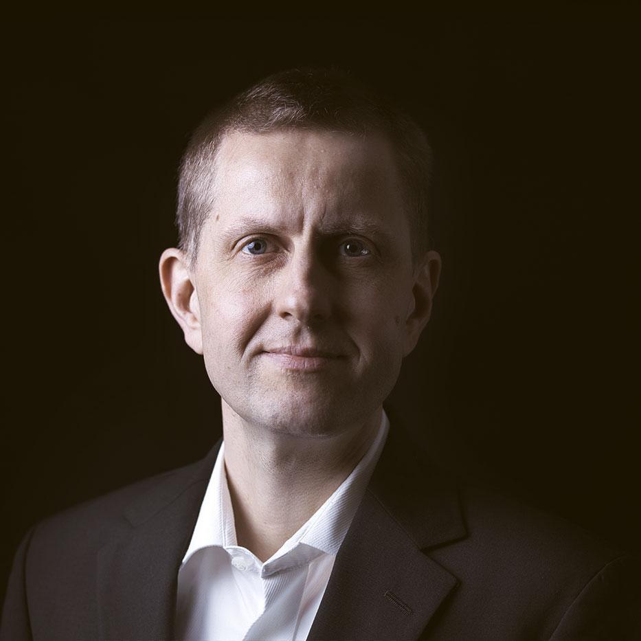Rechtsanwalt Oliver Wiegmann - Beratung bei Emission von Wertpapieren und von Security Token auch über die luxemburgische Aufsichtsbehörde CSSF